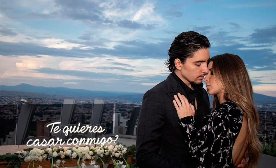 anillo compromiso Alex Fernández