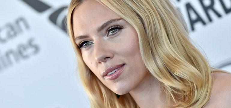 """Scarlett Johansson se casa por tercera vez en una """"ceremonia íntima"""""""