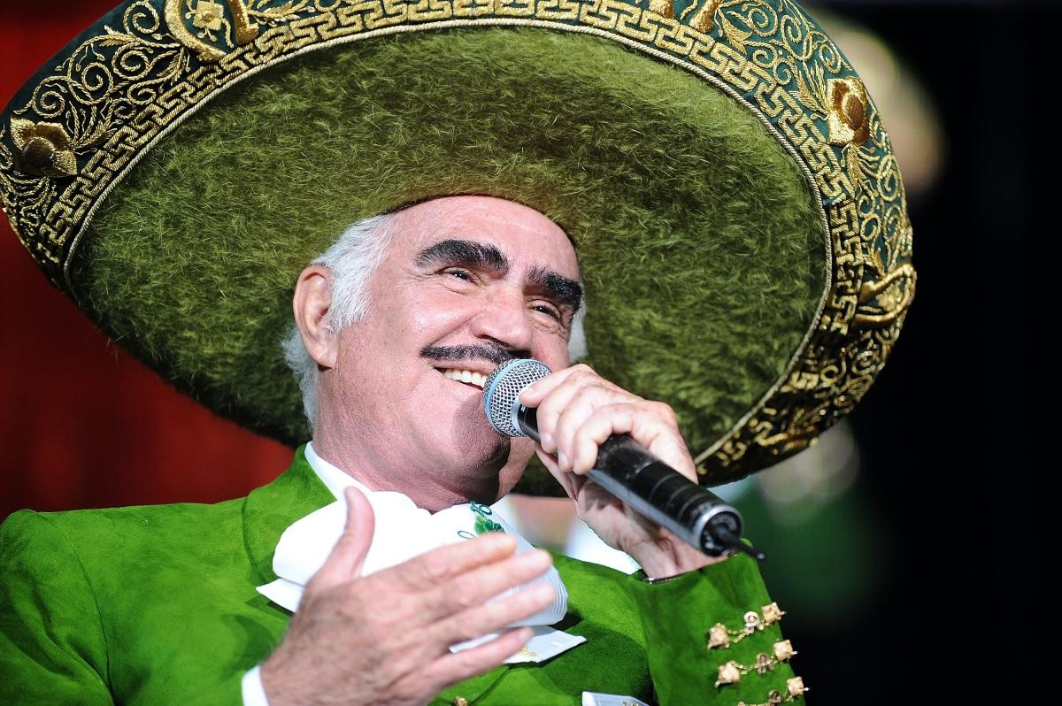 Don Vicente Y El Cine Películas Que Marcaron La Historia Del Charro De Huentitán Revista Caras