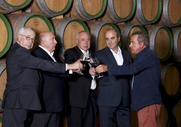 Félix Solís vino