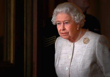 Protocolo para hablarle a la reina
