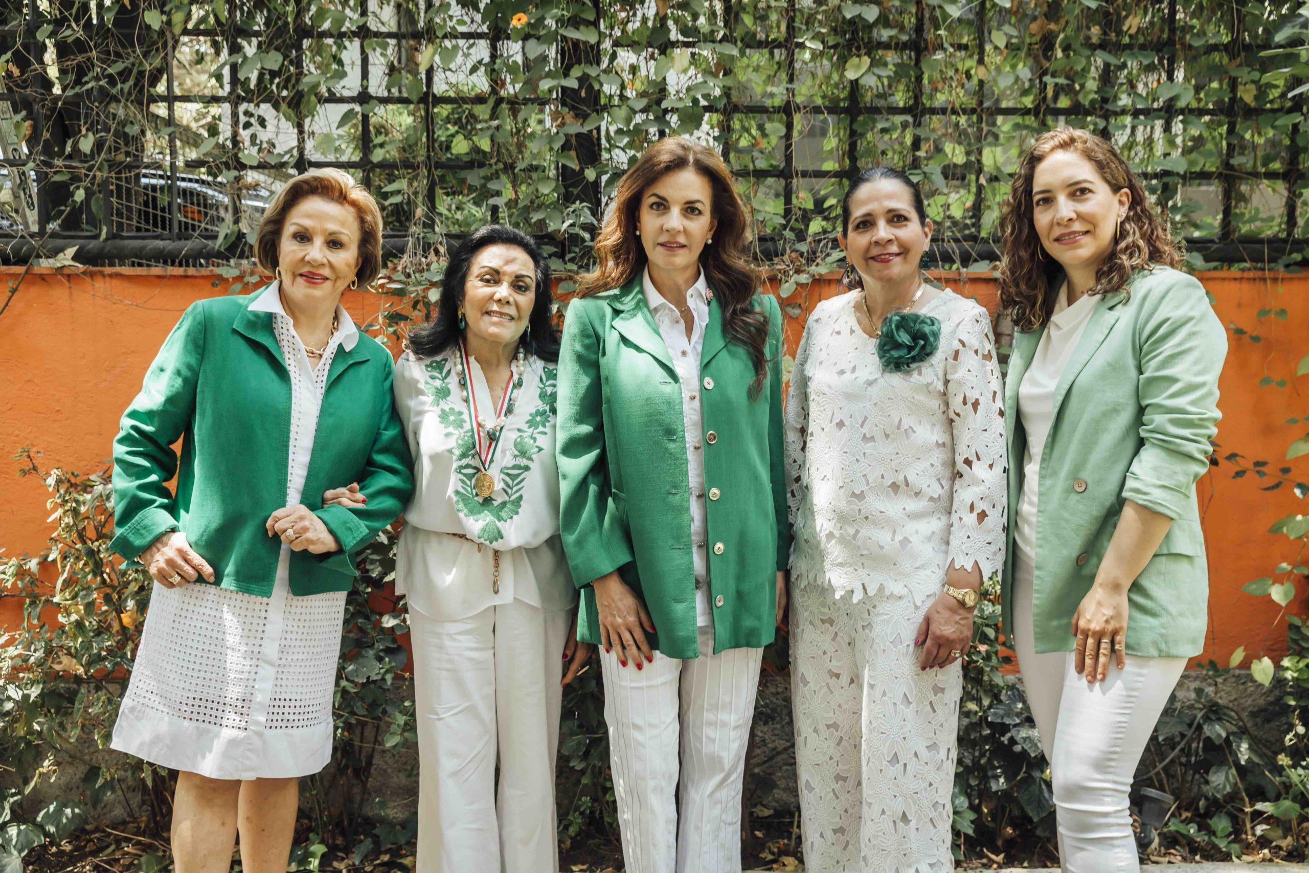 Chayo Sandoval, Silvia Rojo Lugo, Tere Cabal, Rosita Cardín y Cristina Vila