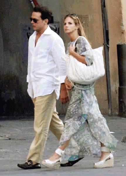 Luis Miguel y GENOVEVA CASANOVA