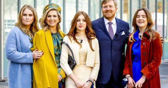 Máxima de Holanda collar Día del Rey