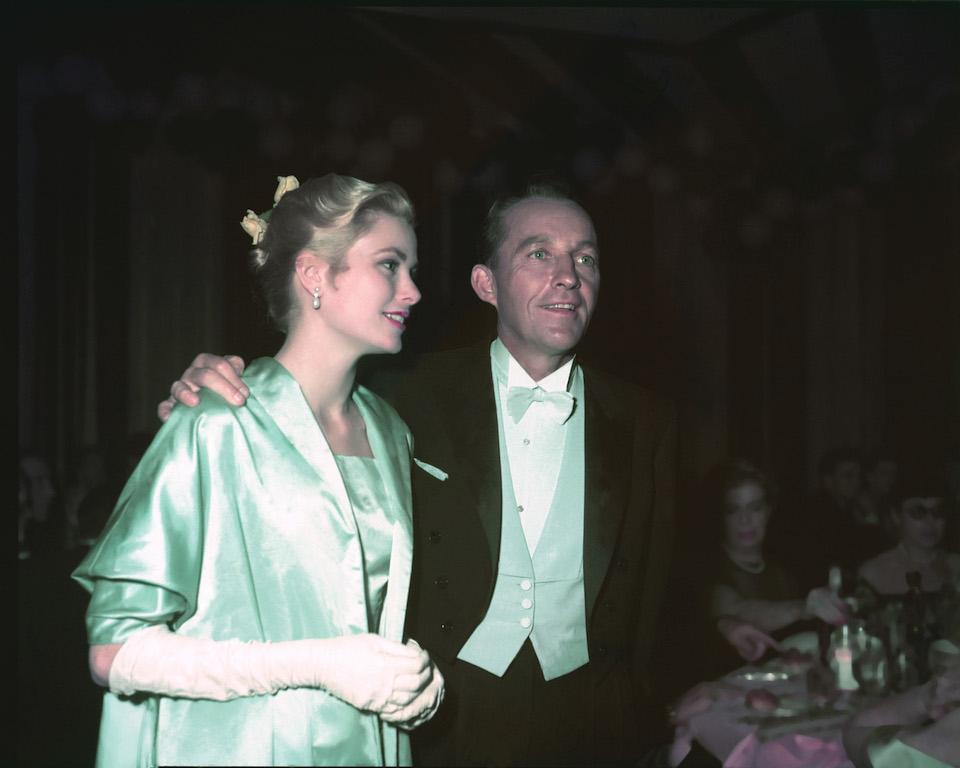 Vestido Grace Kelly 1955 guantes