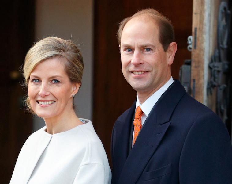 Cuánto cobra la reina Isabel II Condes de Wessex