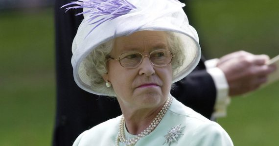 Racismo Familia Real británica reina